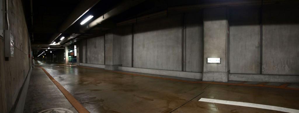 池袋サンシャインシティ 地下駐車場 収容台数 1800台 - 1    L