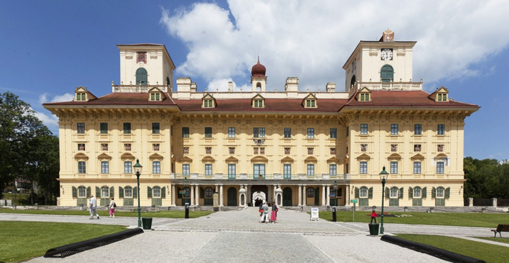 The Esterhazy palace - Eisenstadt - B L